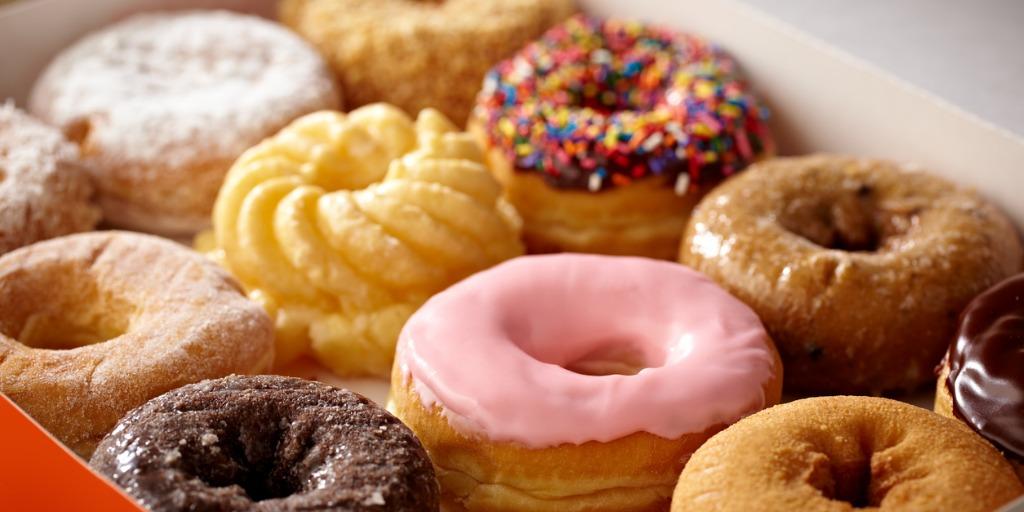 doughnuts-picture-id155376667
